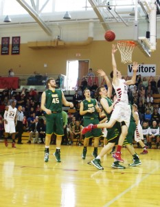 Men's basketball pulls out wins over SNC and Cornell, hopes to host Conference