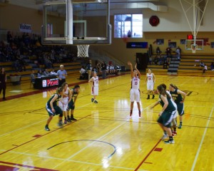 Women's basketball set to finish season with game against 1-16 Vikings