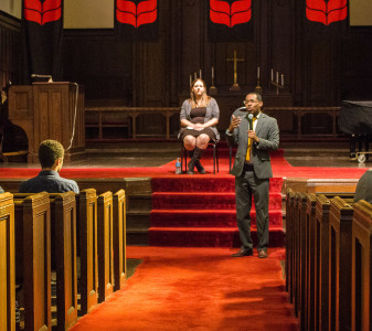 Alvin Irby '07 speaks at the Alumni Panel at Herrick Chapel. (Photo by Jeff Li)