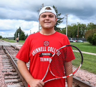 Zach Lane '19 hopes to make an impact as a freshman for the tennis team.  Photo by Sno Zhao