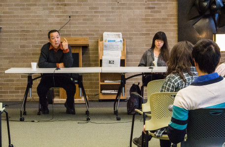 Xing also held a roundtable discussion with students in Burling Lounge to discuss his life as an artist. Photo by Hannah Hwang