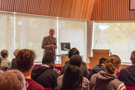 Haveman discussed the causes and consequences of the various issues facing the labor market. Photo by Sarah Ruiz