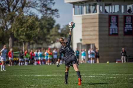 Katy Oldach '16 set the women's record for total saves in her last collegiate game.   Photo by  Jun Taek Lee