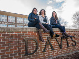 Grinnell students make strides at Davis